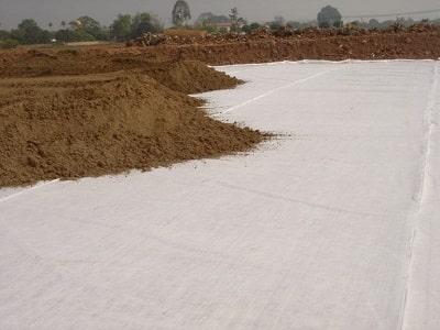 Xử lý nền đất yếu bằng vải địa kỹ thuật